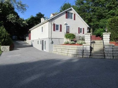 Wappinger Single Family Home For Sale: 259 Ketchamtown Rd