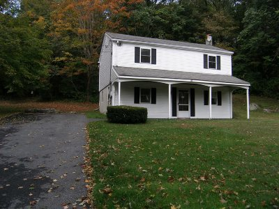Pawling Single Family Home For Sale: 122 Cushman Rd