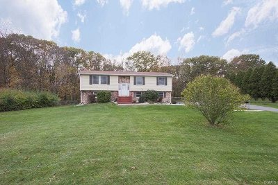 Dutchess County Single Family Home Extended: 131 Susan Dr