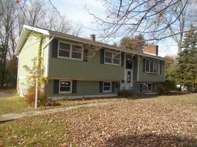 East Fishkill Single Family Home Price Change: 52 Circle Dr