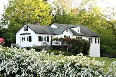 Pawling Single Family Home Continue Showing: 11 Anderson Road