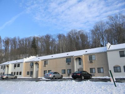 Wappinger Condo/Townhouse Continue Showing: 43 Scarborough #43D