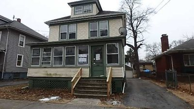 Poughkeepsie City Single Family Home For Sale: 14 Grubb St