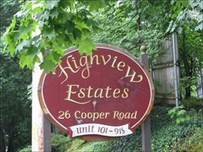 Poughkeepsie Twp Condo/Townhouse For Sale: 26 Cooper Rd #417