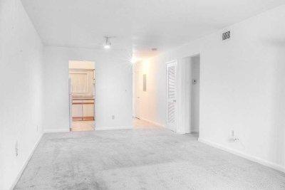 Poughkeepsie Twp Condo/Townhouse Price Change: 26 Cooper #601