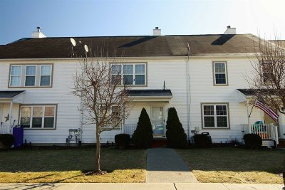 Pawling Condo/Townhouse Continue Showing: 67 Kings Way