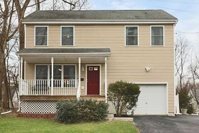 Poughkeepsie City Single Family Home For Sale: 26 Maryland Ave
