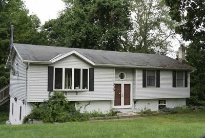 Pawling Single Family Home For Sale: 335 Old Route 22