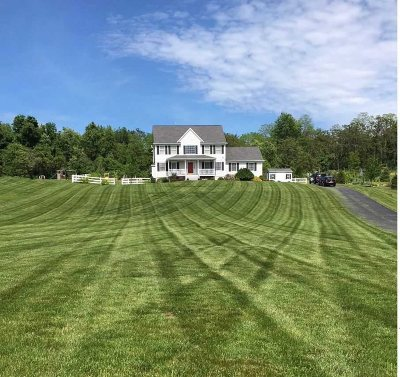 La Grange Single Family Home For Sale: 20 South View Ct