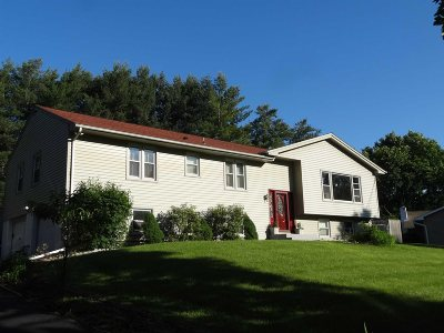 Single Family Home For Sale: 23 Pasture Lane