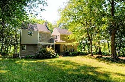 Clinton Single Family Home For Sale: 18 Beaver Edge Road