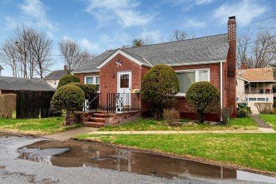 Beacon Single Family Home For Sale: 76 Vine