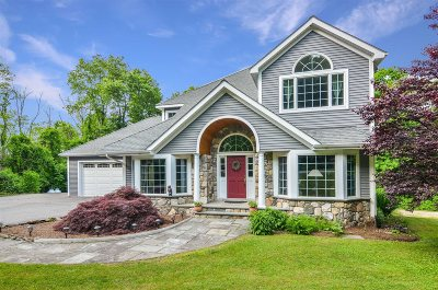 Pawling Single Family Home For Sale: 60 Margherita Ln