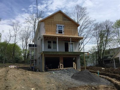 Poughkeepsie Twp Single Family Home For Sale: 14 Longview Ave