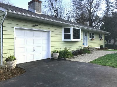 La Grange Single Family Home Continue Showing: 39 Lakeview Road