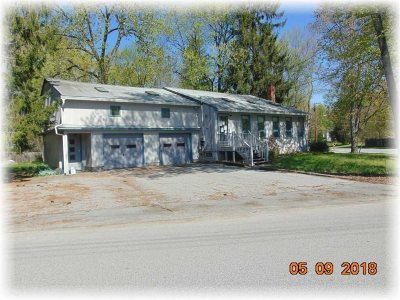 Poughkeepsie Twp Single Family Home Continue Showing: 19 Briarcliff Ave