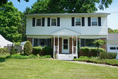 Red Hook Single Family Home For Sale: 2 Cedar Dr