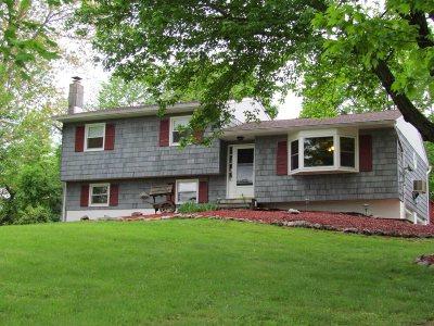 La Grange Single Family Home Price Change: 22 Laurel Park Rd