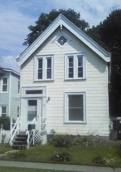 Poughkeepsie City Single Family Home For Sale: 20 Bement Ave