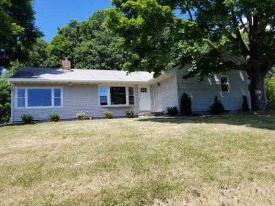 Clinton Single Family Home For Sale: 91 Fancor Road