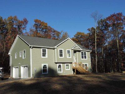 Plattekill Single Family Home For Sale: 34 Emily Drive