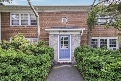 New Paltz Condo/Townhouse For Sale: 7 Huguenot St #2
