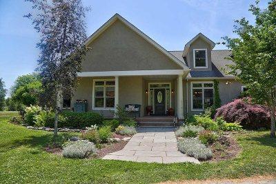Clinton Single Family Home New: 9 E Meadowbrook Lane