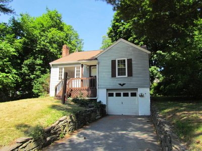 Poughkeepsie Twp Single Family Home For Sale: 7 Stanley St
