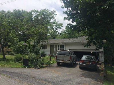 La Grange Single Family Home For Sale: 32 Maloney Dr