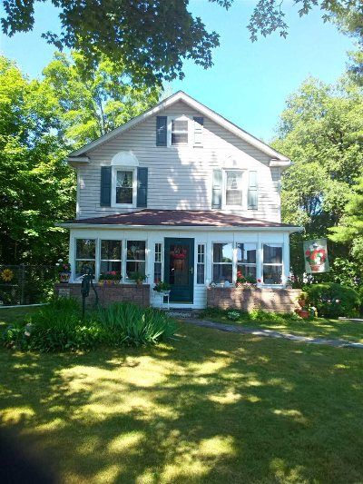 Hyde Park Single Family Home For Sale: 627 Violet