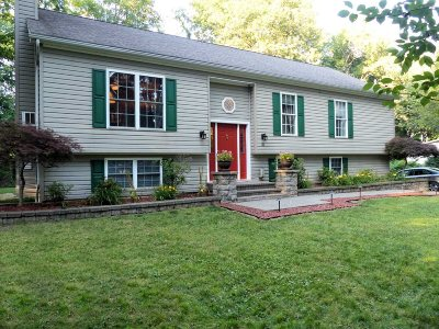 New Paltz Single Family Home For Sale: 31 Penny Ln