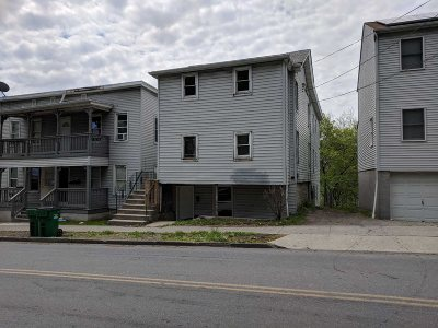 Poughkeepsie City Multi Family Home For Sale: 146 N Clinton St