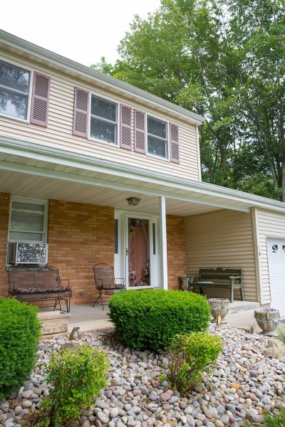 Poughkeepsie Twp Single Family Home For Sale: 19 Argent Dr