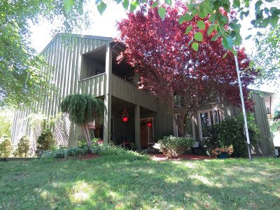 La Grange Single Family Home For Sale: 8 Fox Run