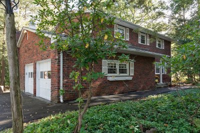 Poughkeepsie Twp Single Family Home For Sale: 29 Victor Ln