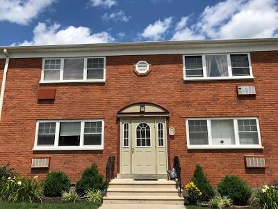 Peekskill Condo/Townhouse For Sale: 1879 Crompond Rd. #A2
