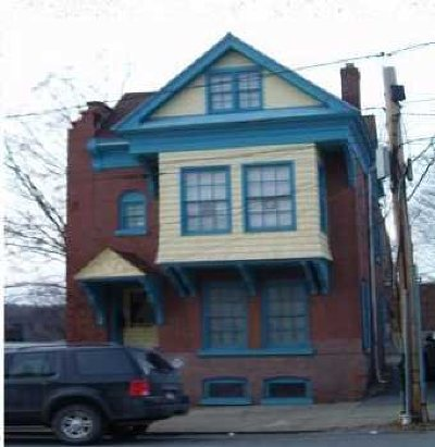 Poughkeepsie City Multi Family Home For Sale: 6 North Clover