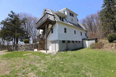 Dutchess County Single Family Home For Sale: 44 Upton Rd