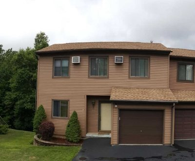 Fishkill Condo/Townhouse Continue Showing: 21 Bayberry Cir