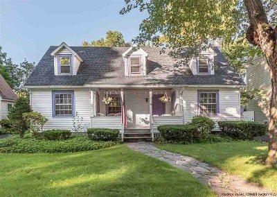 Kingston Single Family Home For Sale: 96 Johnston Avenue