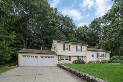 La Grange Single Family Home Continue Showing: 6 Pine Wood Rd