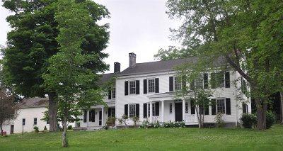 Single Family Home For Sale: 3231 Sharon Tpke