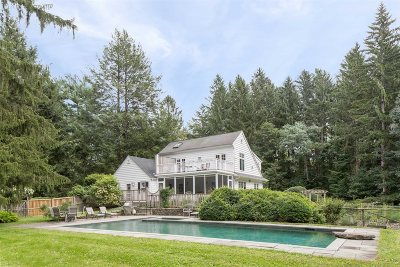 Pawling Single Family Home For Sale: 16 French Lk