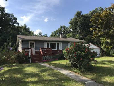 Poughkeepsie Twp Single Family Home For Sale: 109 Oakdale