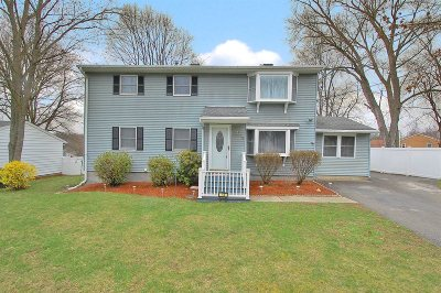Single Family Home Price Change: 14 Cardinal Drive