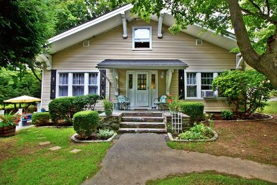 Southeast Single Family Home For Sale: 325 Turk Hill Rd