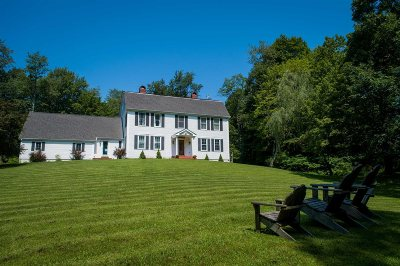 Pawling Single Family Home For Sale: 4 Brady Ln