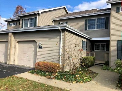 Rhinebeck Condo/Townhouse For Sale: 53 Sandalwood Lane