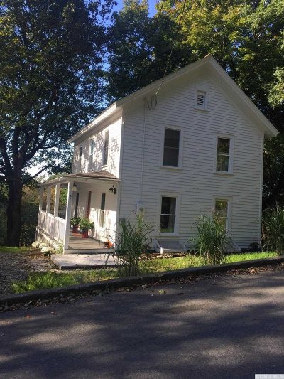 Chatham Single Family Home For Sale: 29 Locust St