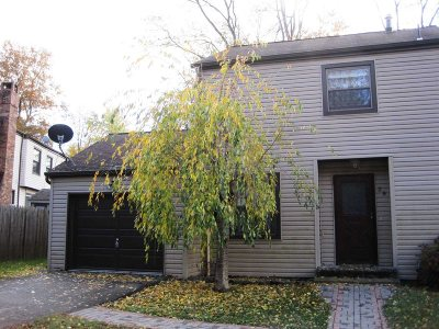 Beacon Condo/Townhouse For Sale: 28 Sycamore Dr